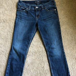 Silver Jean Suki Capris Medium Wash Size W 31